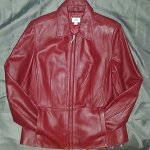 🚨FLASH SALE!🚨⬇APT 9 SEXY RED LEATHER JACKET